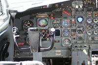 N279FE @ DAY - 727 cockpit