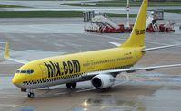 D-AHFS @ HAM - Hapag-Lloyd  Express 737-8K5w - by Volker Hilpert