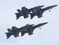 161942 @ BKL - U.S. Navy Blue Angels F-18 Hornets