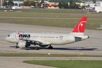 N338NW @ DTW - Northwest A320