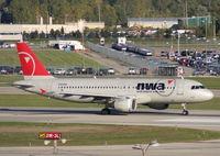 N353NW @ DTW - Northwest A320