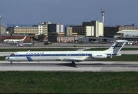 OH-LMV @ LIS - Finnair MD80