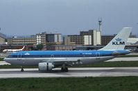 PH-AGK @ LIS - KLM Airbus 310