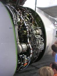 N13720 @ BKL - 737 engine