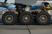 OE-LPC @ VIE - Austrian Arrows Boeing 777-200