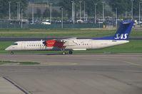 LN-RDP @ AMS - Scandinavian Commuter-SAS Dash8-400 - by Thomas Ramgraber-VAP