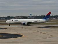 N131DN @ ATL - Delta 767-300