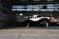 D-EFMU @ VIE - Cessna 208 Caravan - by Yakfreak - VAP