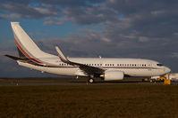 LX-GVV @ VIE - Boeing 737-700 - by Yakfreak - VAP
