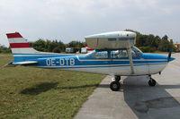 OE-DTB @ LOAn - Cessna 182