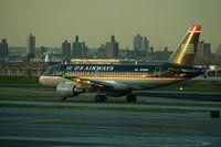 N718UW @ LGA - US AIRWAYS AIRBUSA319 - by Patrick Clements