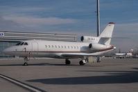 CS-DLA @ VIE - Netjets Falcon 900 - by Yakfreak - VAP