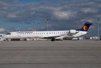 D-ACKC @ MUC - Lufthansa Regional Regionaljet 900 - by Yakfreak - VAP