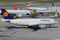 D-AIDL @ VIE - Lufthansa Airbus 310 - by Yakfreak - VAP