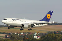 D-AIDN @ VIE - Lufthansa Airbus 310 - by Yakfreak - VAP