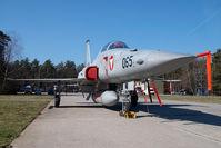 J-3065 @ VIE - Austrian Air Force Northrop F5 Tiger