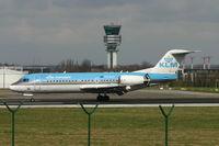 PH-KZA @ BRU - just arrived on rwy 25L - by Daniel Vanderauwera