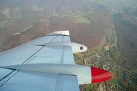 OE-LVI @ Austria - Turning to land on RWY 11 at VIE.