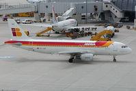 EC-HAF @ VIE - Iberia Airbus A320