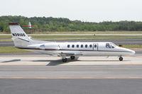 N391QS @ PDK - Execjet 391 taxing to Runway 2R - by Michael Martin