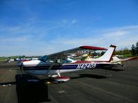 N42409 @ O69 - 1968 Cessna 182L in afternoon sun @ Petaluma, CA
