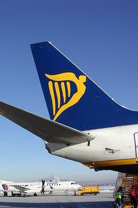 EI-CSQ @ SZG - Ryanair Boeing 737-800