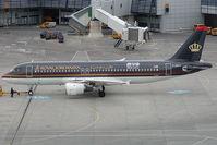 F-OGYC @ VIE - Royal Jordanian Airbus 320