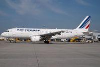 F-GKXA @ VIE - Air France Airbus A320 - by Yakfreak - VAP