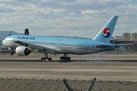 HL7714 @ KLAS - Korean Air / Boeing 777-2B5 (ER)