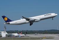 D-AIGP @ EDDM - Airbus A340 of Lufthansa.