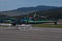 C-GSLK @ CYLW - Skyline Helicopters Aerospatiale AS350 - by Yakfreak - VAP