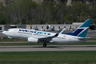 C-FGWJ @ CYLW - Westjet Boeing 737-700