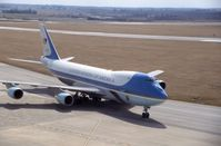 82-8000 @ CID - Air Force One taxiing in from landing runway 9 - by Glenn E. Chatfield