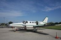 N2725N @ KRYV - Cessna 441