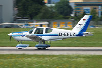 D-EFLZ @ LOWS - panning shot during landing roll - by Alexander Gerzabek