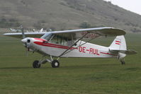 OE-AUL @ LOAS - Piper Aircraft Corp. PA18-150