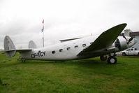 CF-TCY @ CAK3 - Lockheed Loadstar - by Yakfreak - VAP