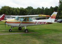 G-OWOW @ EGTR - Cessna 152