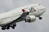 JA8901 @ CYVR - Japan Airlines Boeing 747-400