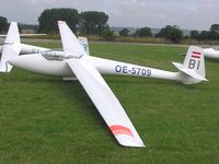 OE-5709 - Glasflugel H201B Standard Libelle at Husbands Bosworth - by Simon Palmer
