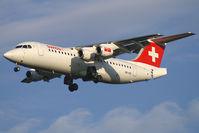 HB-IXS @ VIE - Swiss International Airlines BAe 146 - by Thomas Ramgraber-VAP