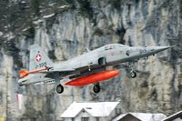 J-3015 @ LSMM - Landing in the winter wonderland at Meiringen AB.
