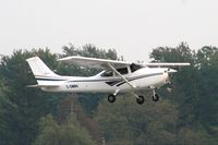 C-GMNH @ YKF - Taking off Runway 25 at Waterloo Regional Airport Ontario Canada - by Shawn Hathaway