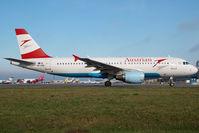 OE-LBS @ VIE - Austrian Airlines Airbus 320 - by Yakfreak - VAP