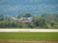 N2518Q @ IPT - landing practice I guess. - by Sam Andrews