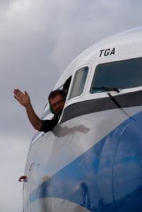 G-APSA @ EDDH - Air Atlantic DC6 in KLM colors