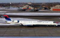 N805SK @ KMSP - Canadair Regionaljet
