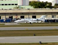 N77NJ @ KFLL - Based Lear about to land