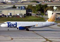 N453UA @ KFLL - TED Airbus A320
