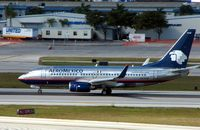 XA-HAM @ KFLL - AeroMexico's wingletted B737